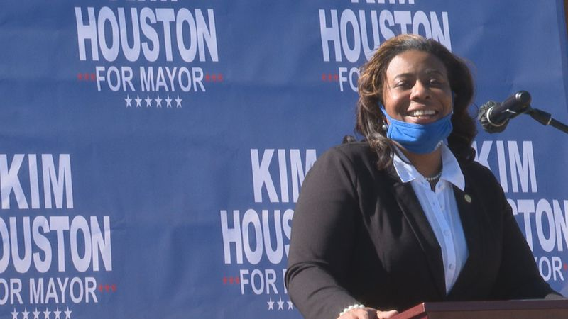 Houston announcing her candidacy.