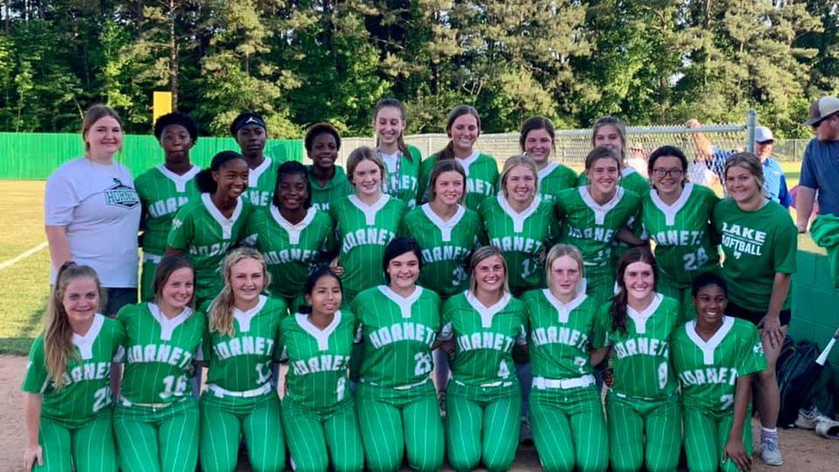 2021 Lake High School softball team