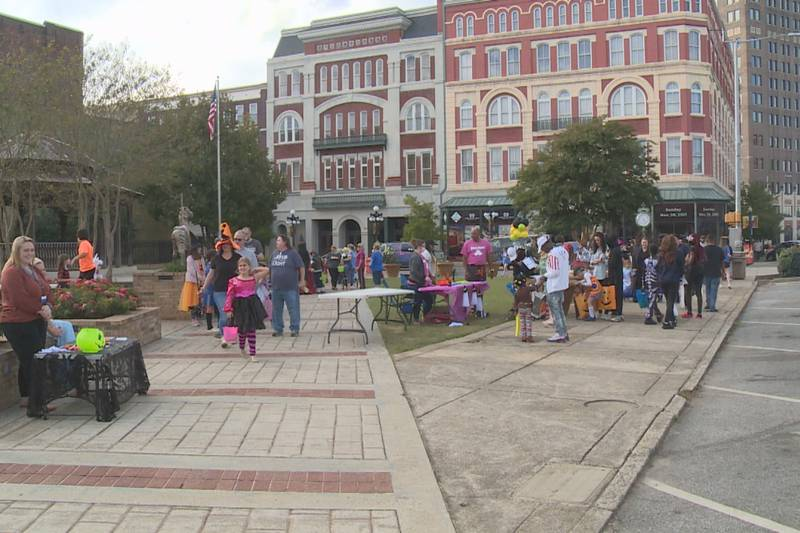 Candy crawl held Tuesday