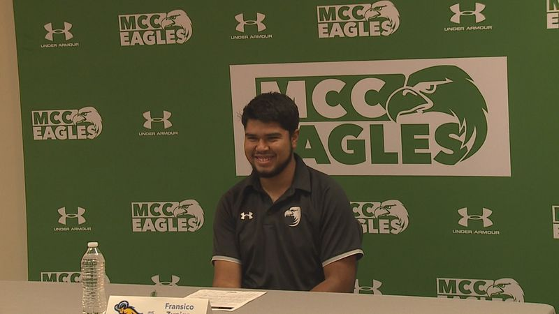 Fransico Zuniga signs LOI to play at Blue Mountain College