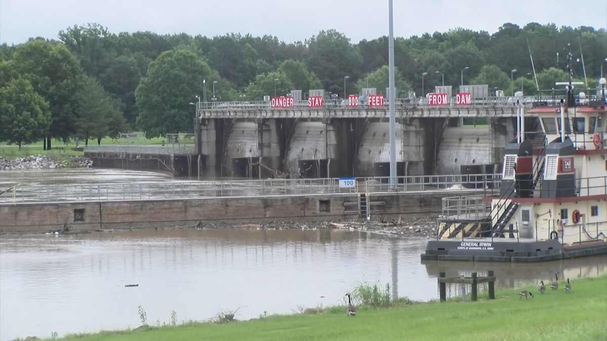 A runaway barge crashed into the Stennis Lock and Dam and is creating problems upstream.