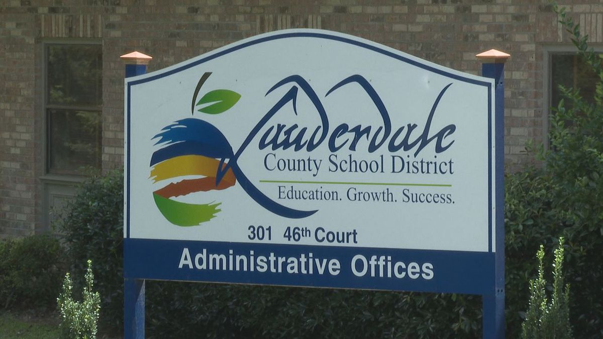 Lauderdale County School District offices