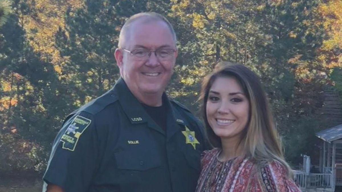 Caitlin Sollie Powell, with her father, Sheriff Billy Sollie (Source: Billy Sollie/Facebook)