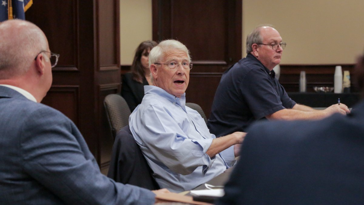 Sen. Wicker discusses infrastructure bill with MDOT