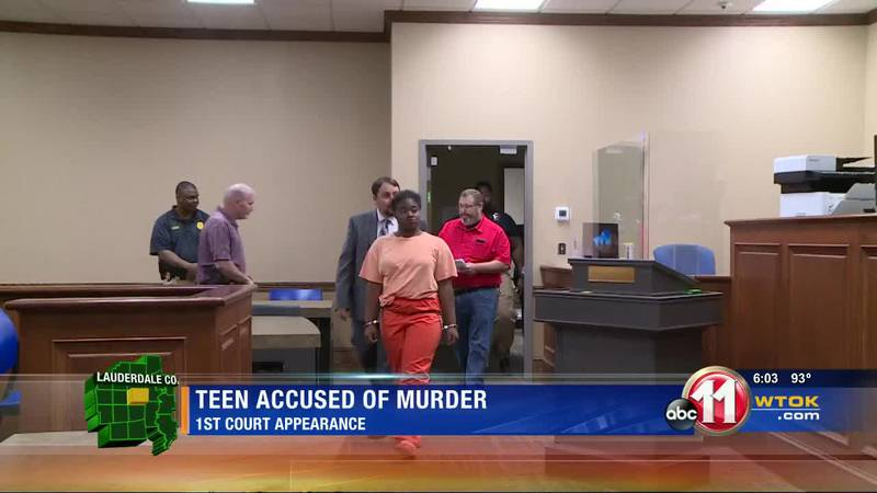 Teen charged with killing veteran has first court appearance