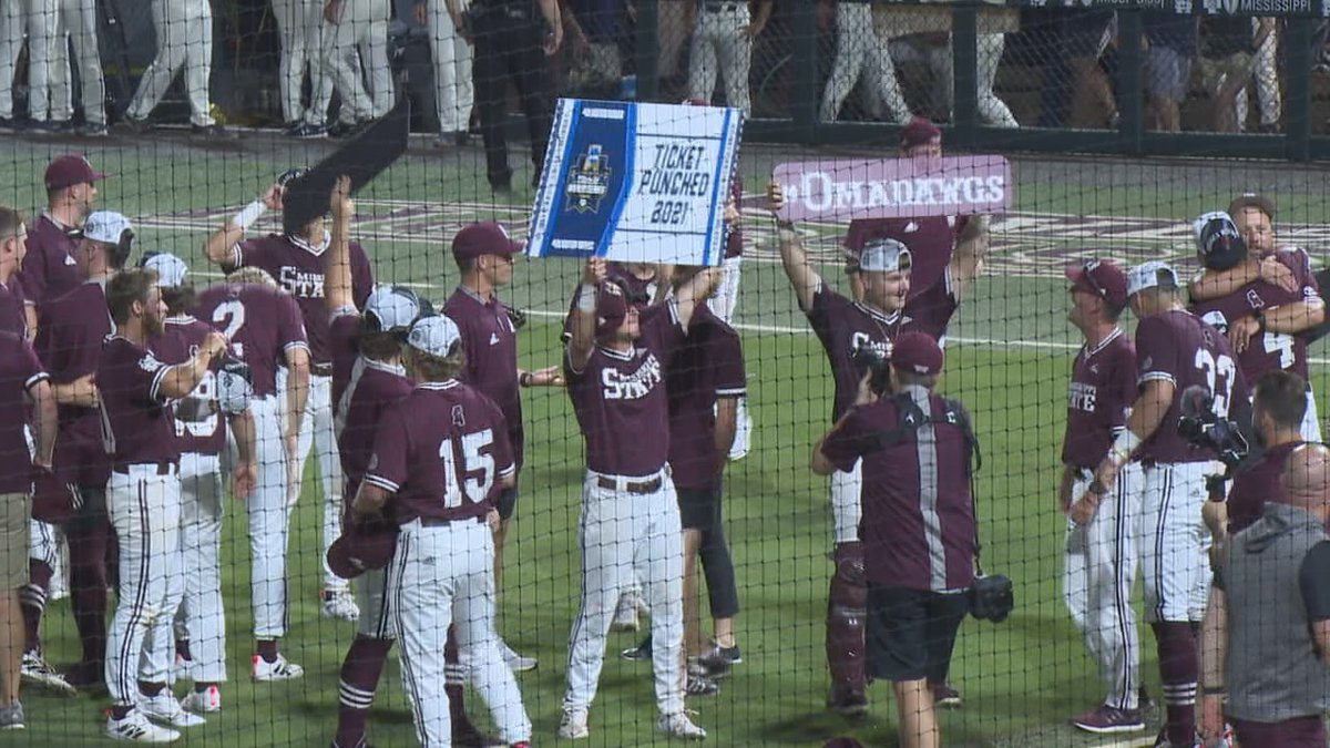 Mississippi State celebrates being Notre Dame to punch its ticket to the College World Series