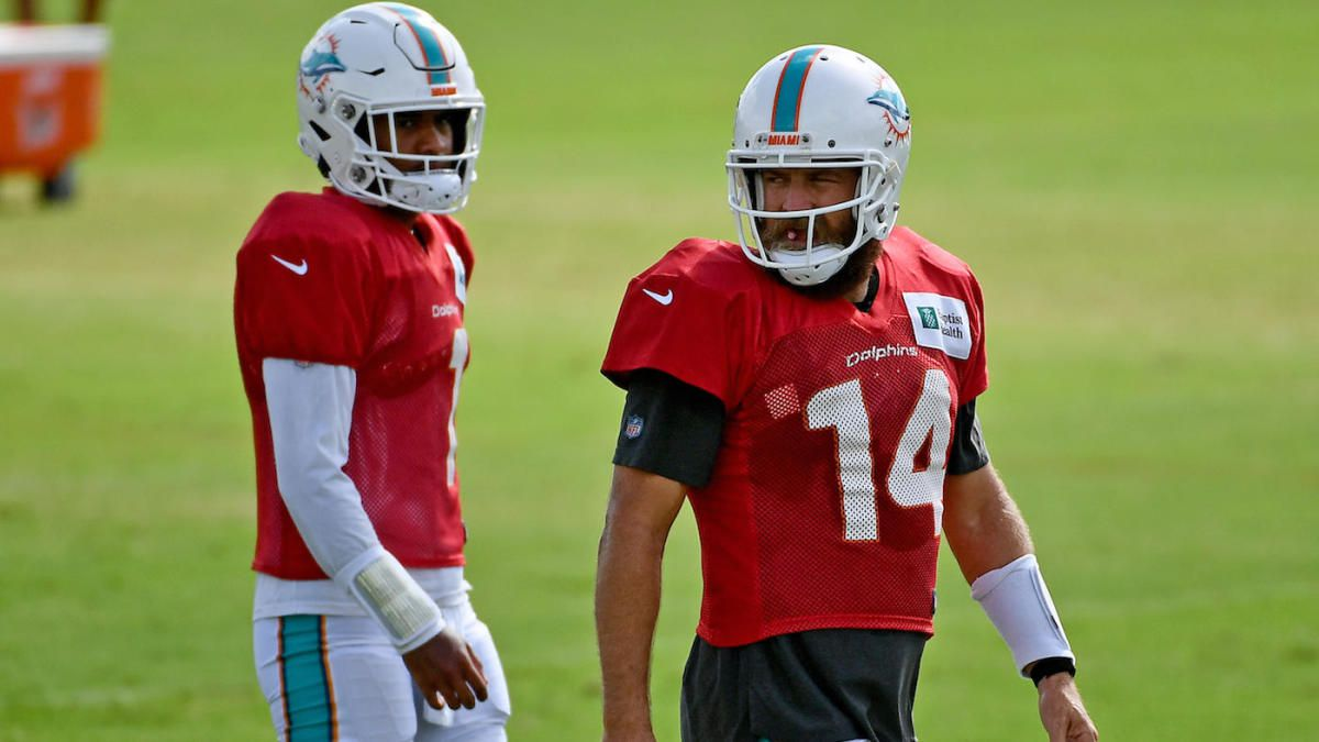 Tua Tagovailoa and Ryan Fitzpatrick during Dolphins training camp