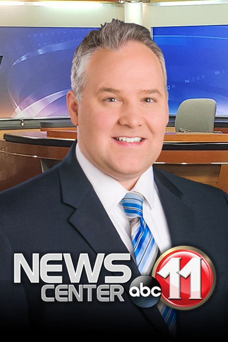 Headshot of Stephen Bowers, Chief Meteorologist