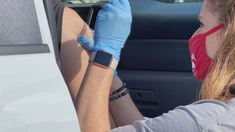 Drive-thru vaccines available for healthcare workers in Neshoba and Lauderdale County.