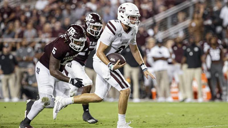 Bulldogs beat then #15 ranked Texas A&M 26-22