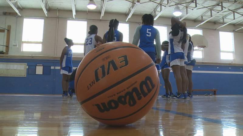 Meridian girls basketball