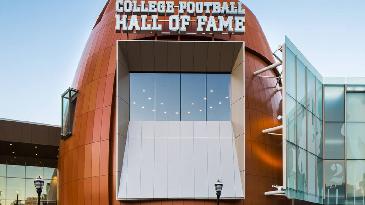 (Courtesy: College Football Hall of Fame)