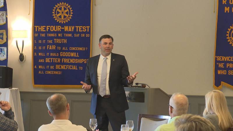 Michael Watson addresses the Meridian Rotary Club.
