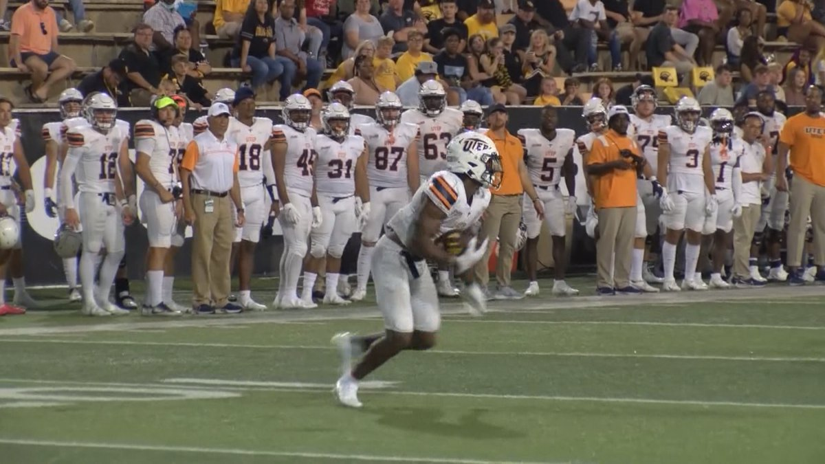 Breon Heyward scooped up a fumble and raced 53 yards for a touchdown to spark UTEP to a 26-13...