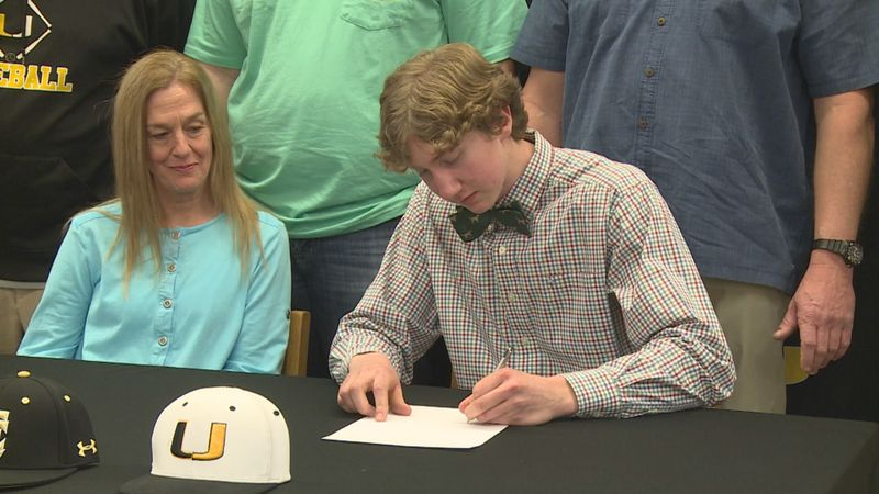 Union senior Henry Thornton signed to play baseball at East Central Community College next year