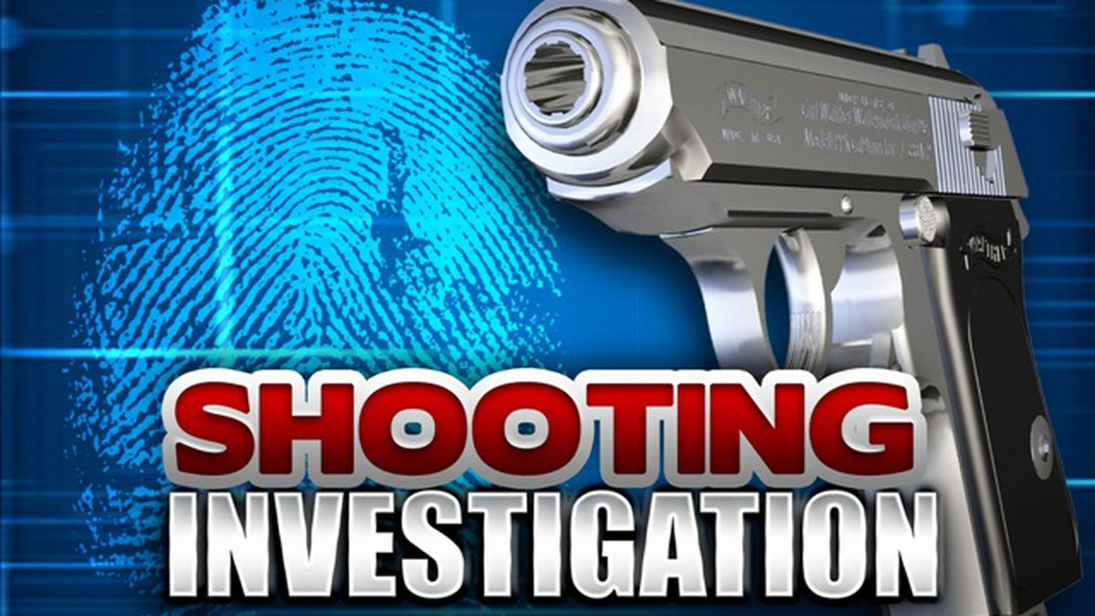 Monroe Police are investigating after a UPS worker was shot Wednesday night in East Monroe.<br />Source: (KNOE)