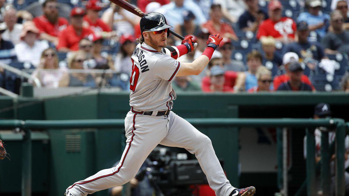 Atlanta Braves' Josh Donaldson swings during a baseball game against the Washington Nationals, Wednesday, July 31, 2019, in Washington. (Patrick Semansky / Associated Press)