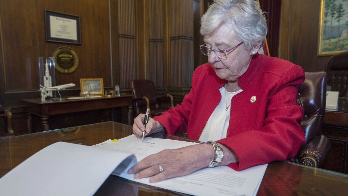 (Hal Yeager/Alabama Governor's Office via AP)