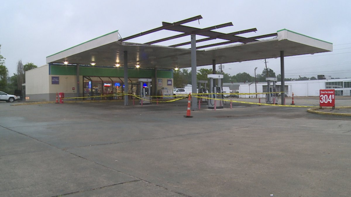 Collapsed canopy at Seafood Express gas station.