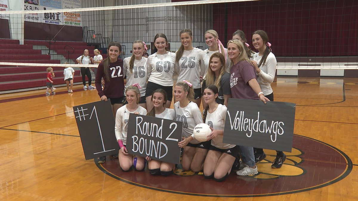The Bulldogs swept Franklin County Tuesday night in round one of the MHSAA volleyball playoffs.