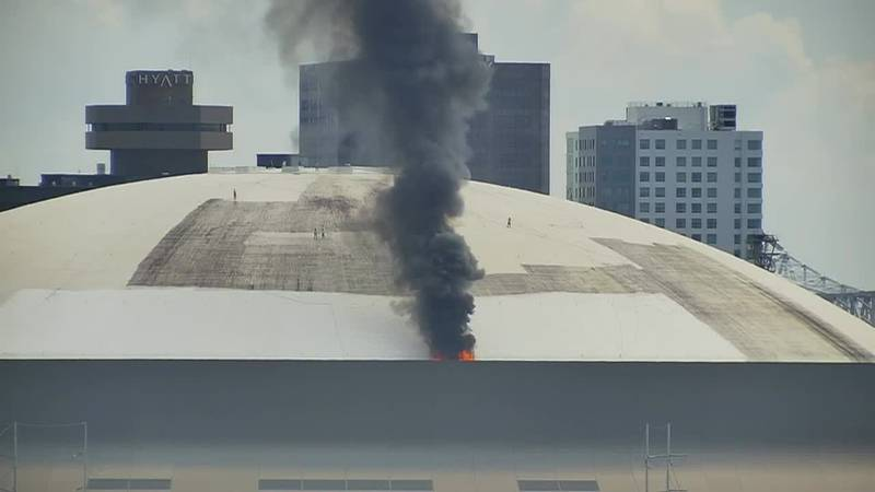 Fire breaks out on roof of Superdome