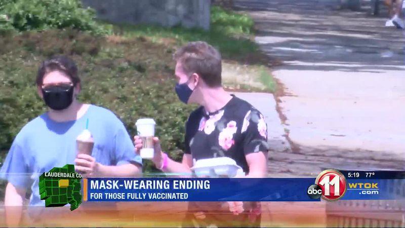 People react to mask wearing ending
