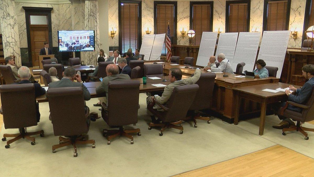 Senate Public Health and Welfare Committee holds medical marijuana hearing.