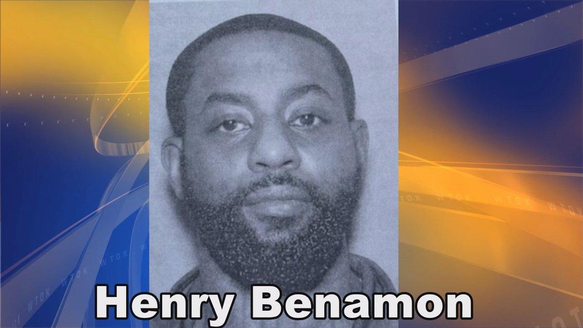 Henry Benamon wanted in murder.